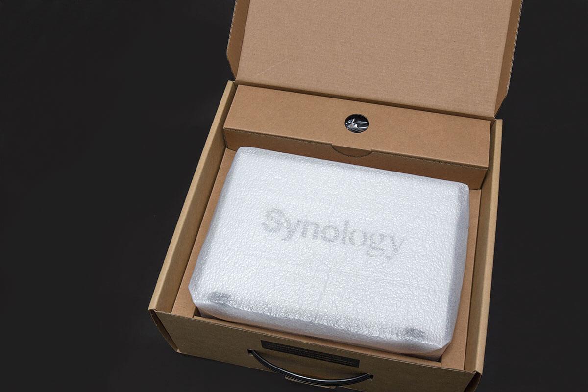 synology DS216j中身