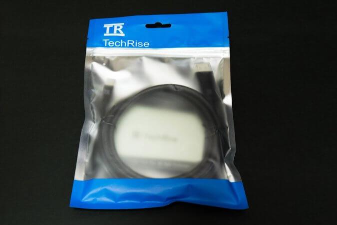 TechRise ディスプレイポートケーブル